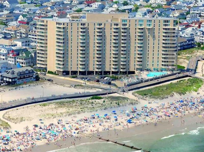 Gardens Plaza Unit 612 3483 - Image 1 - Ocean City - rentals