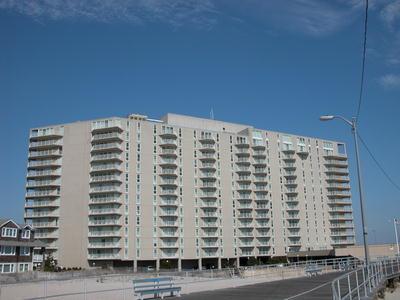 Gardens Plaza Unit 400 112612 - Image 1 - Ocean City - rentals