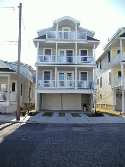 846 Pennlyn Place 2nd & 3rd Floor 112342 - Image 1 - Ocean City - rentals