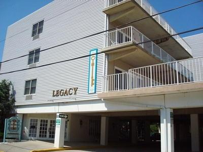 Legacy 205 114388 - Image 1 - Ocean City - rentals