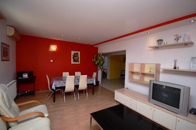 Apartment Siniša - 43531-A1 - Image 1 - Trogir - rentals