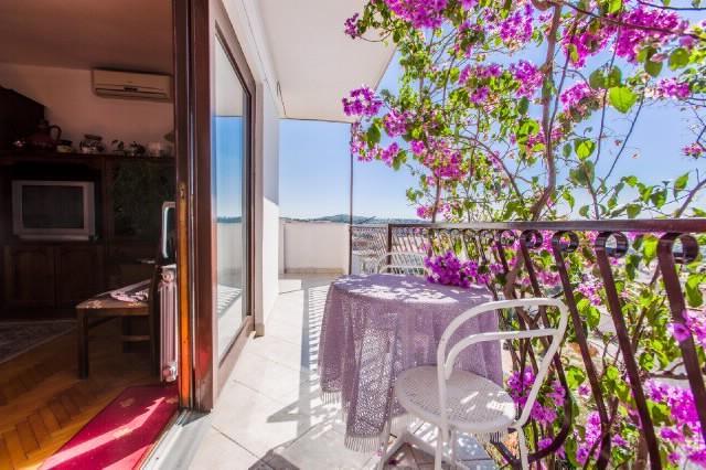 Apartments Verica - 37591-A4 - Image 1 - Makarska - rentals