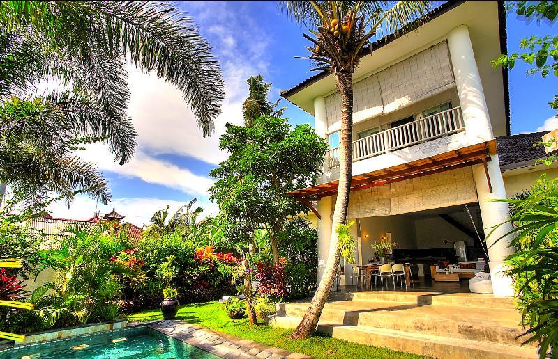 Gorgeous Villa Echo Beach Canggu - Image 1 - Canggu - rentals