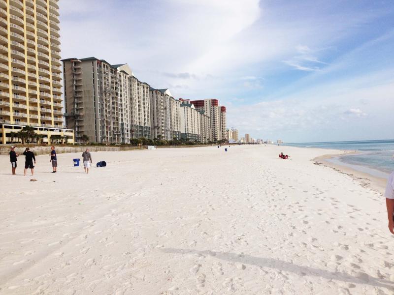 Beautiful white sand beaches of Panama City Beach - MaSTeR On GuLF! May/June are upon us! Book NOW! - Panama City Beach - rentals