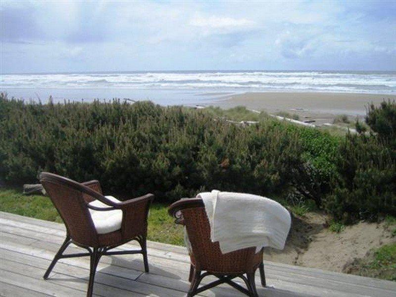 Driftwood House - Deck View - DRIFTWOOD HOUSE - Waldport, Bayshore - Waldport - rentals