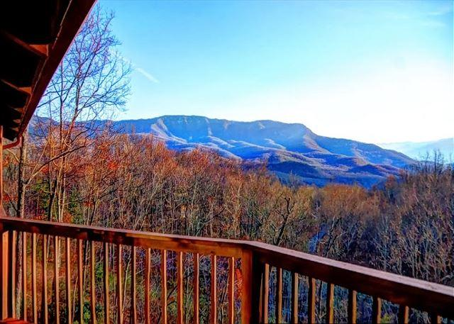 4 Bedroom with Amazing Views - Image 1 - Gatlinburg - rentals