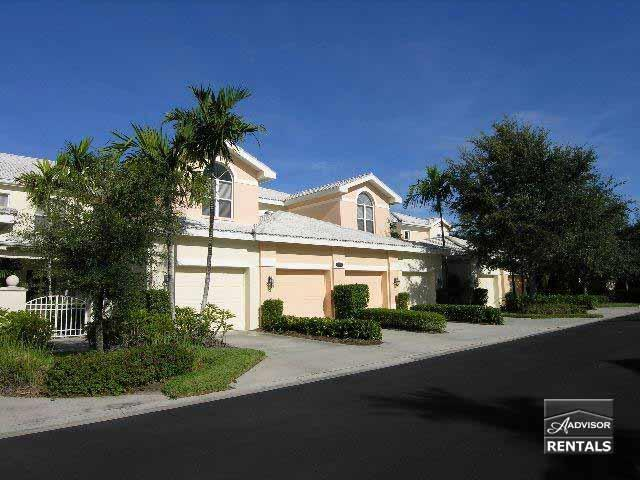 Lovely top floor coach home is steps from the pool - Image 1 - Naples - rentals