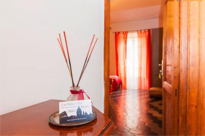 interior - B&B La Dolce Vita Roma, city centre luxury & style - Ome - rentals