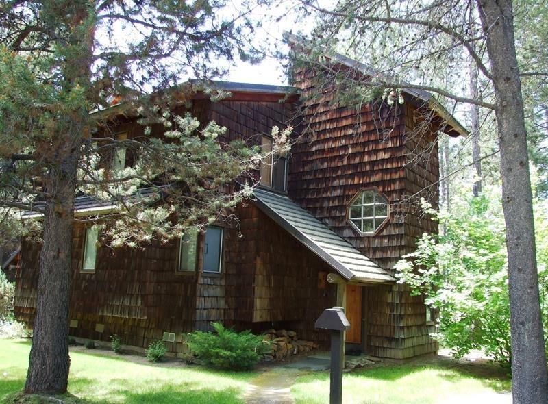 Wildflower 8 - Exterior - WILDFLOWER 8 - Sunriver, Oregon - Sunriver - rentals