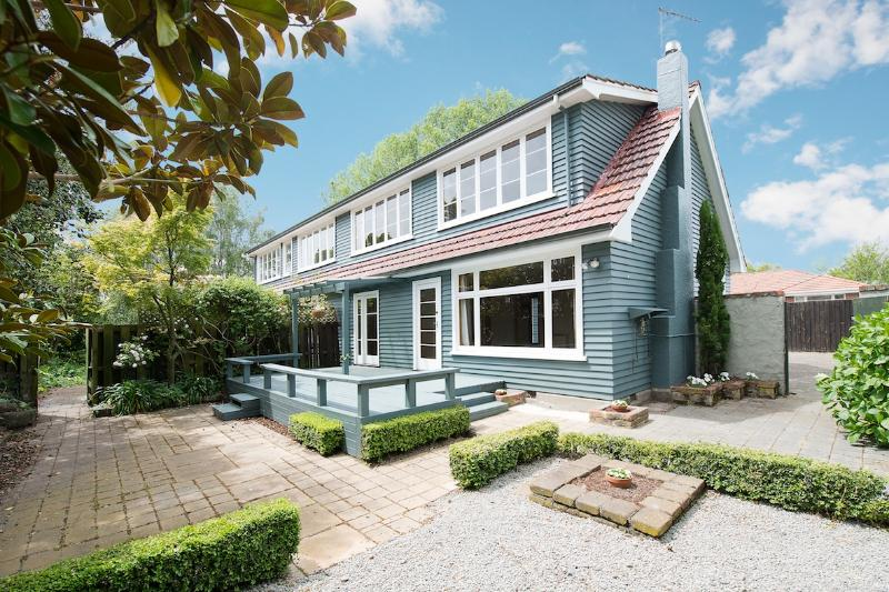 Strowan 2 - Strowan Lodge - Christchurch Holiday Homes - Christchurch - rentals