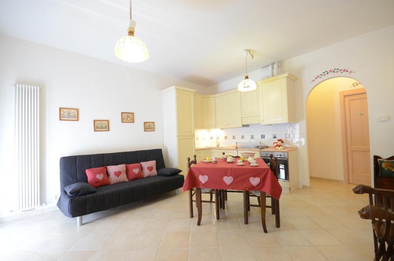 Casa Umbra Appartamento Nel Parco del Monte Cucco in Umbria nei dintorni Gubbio Assisi Todi Fabriano Spello Perugia Spoleto - Image 1 - Sigillo - rentals