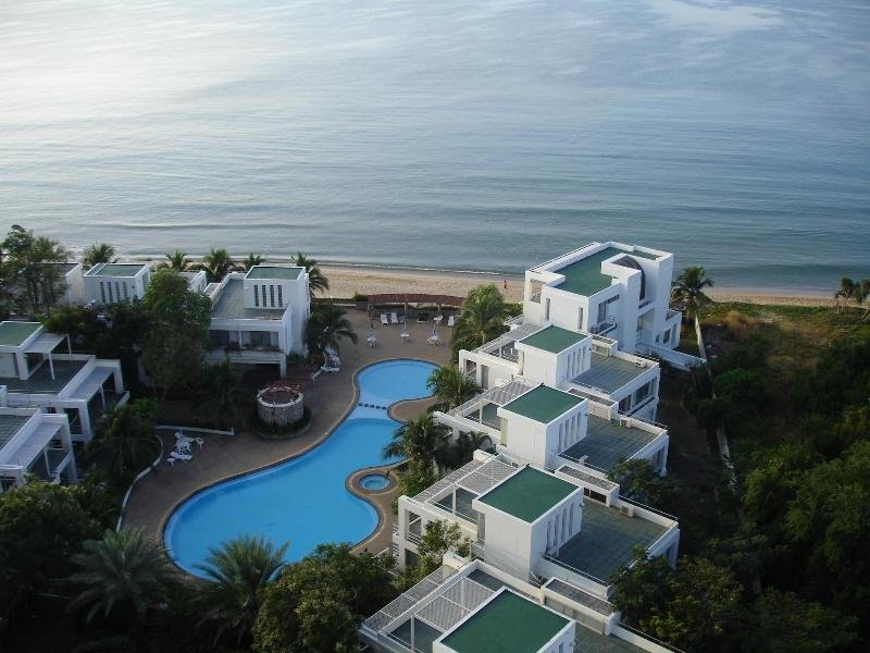 View from Balcony - 3 bed room apartment absolute beach front unit - Rayong - rentals