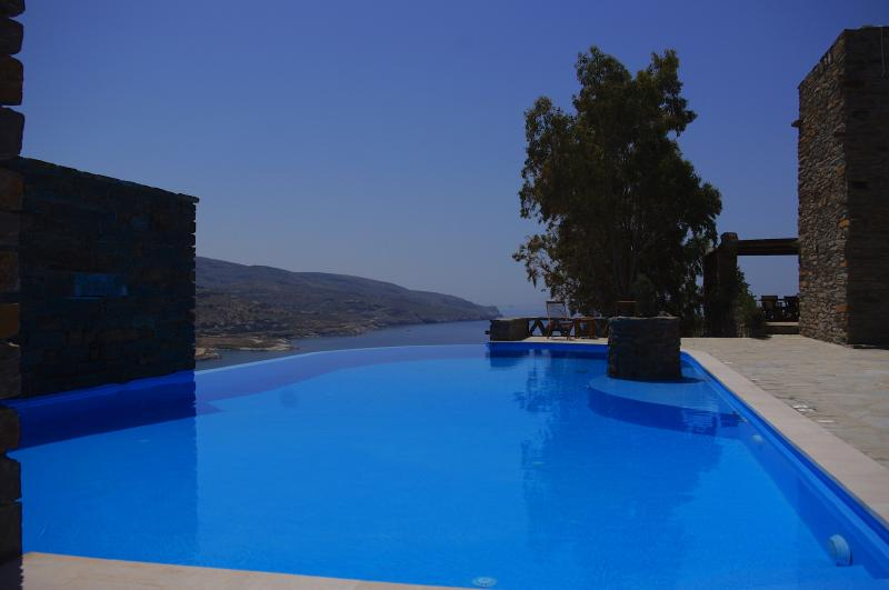 View from the pool - Villa with sea view and pool - Kea - rentals