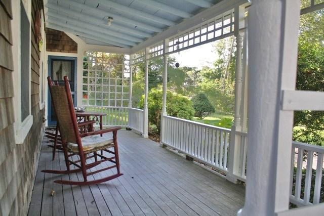 Great farmers porch with 6 rocking chairs - Olde Sea Captain's House. 9/10th to Beach - Dennis Port - rentals