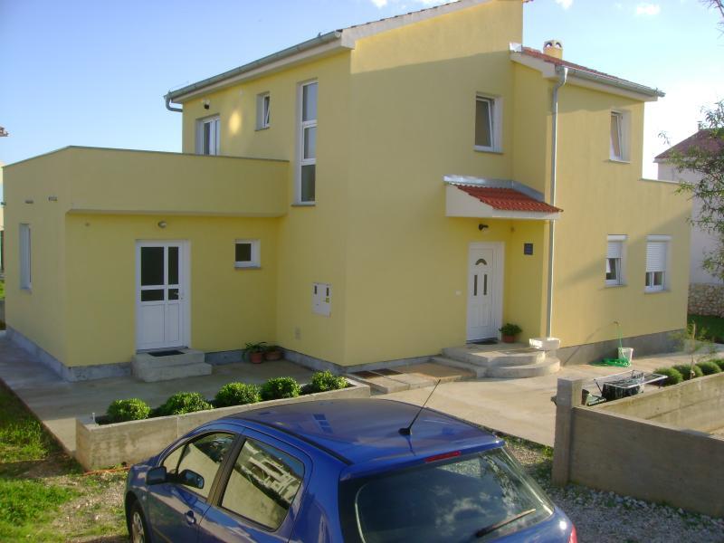 Apartment Bor for 4+2 persons in Novalja - Image 1 - Novalja - rentals