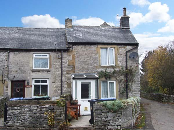 CORNER COTTAGE, woodburner, countryside views, pet friendly, in Bradwell, Ref. 903547 - Image 1 - Hazlebadge - rentals