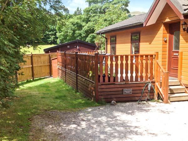 WANSFELL VIEW, single-storey detached lodge on a holiday park, en-suite, pet-friendly, near Troutbeck, Ref 903553 - Image 1 - Troutbeck - rentals
