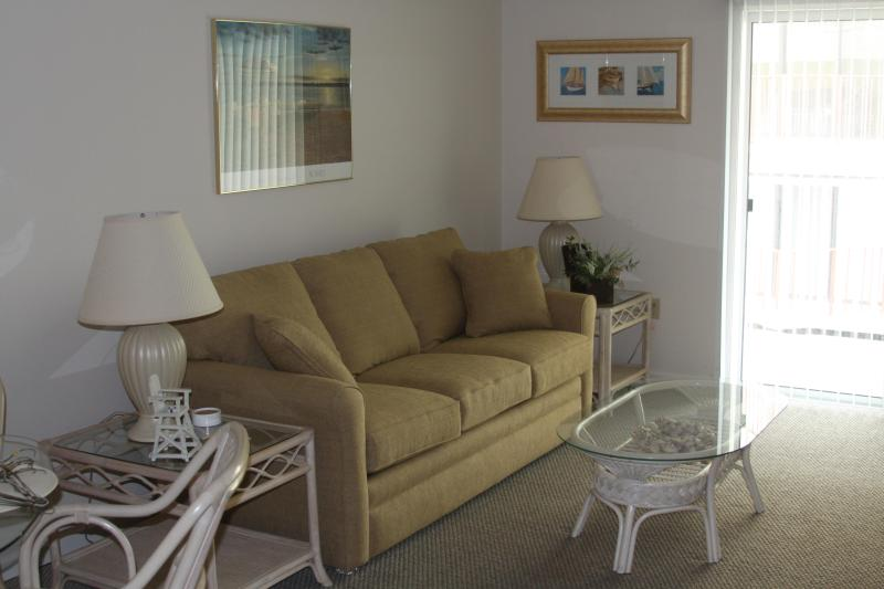 Living Room - Sleep Sofa - Ocean City, Maryland Condo near the beach - Ocean City - rentals