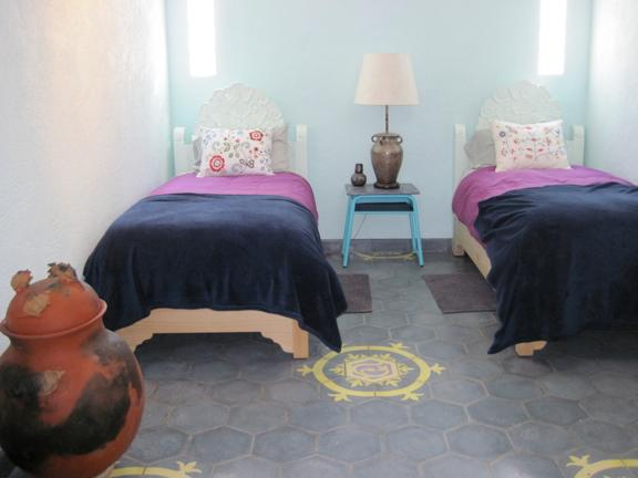 Brand new twin beds - The Golden Bee : 2nd floor room - CLOUD NINE - Guanajuato - rentals