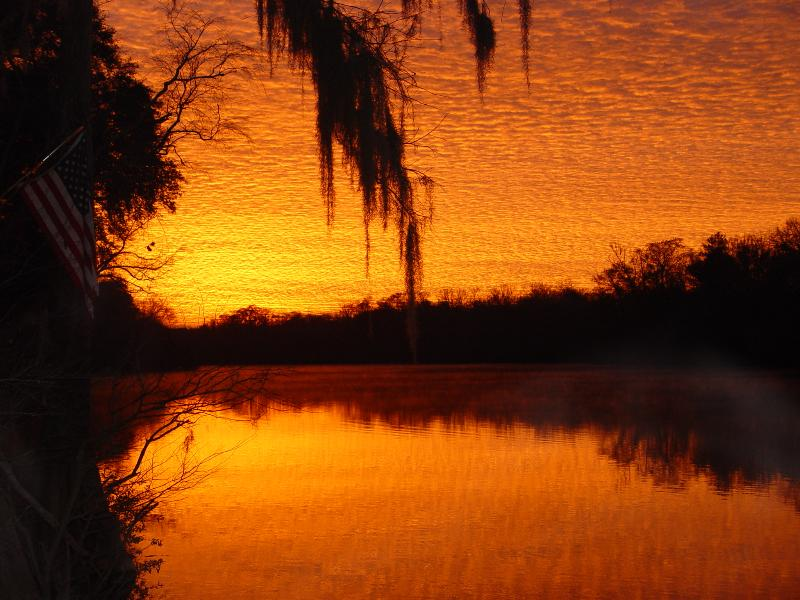 """Stay on the Beautiful, Historic Choctawhatchee River - RIVER FRONT PROPERTY """"THE BOAT HOUSE"""" - Ebro - rentals"""