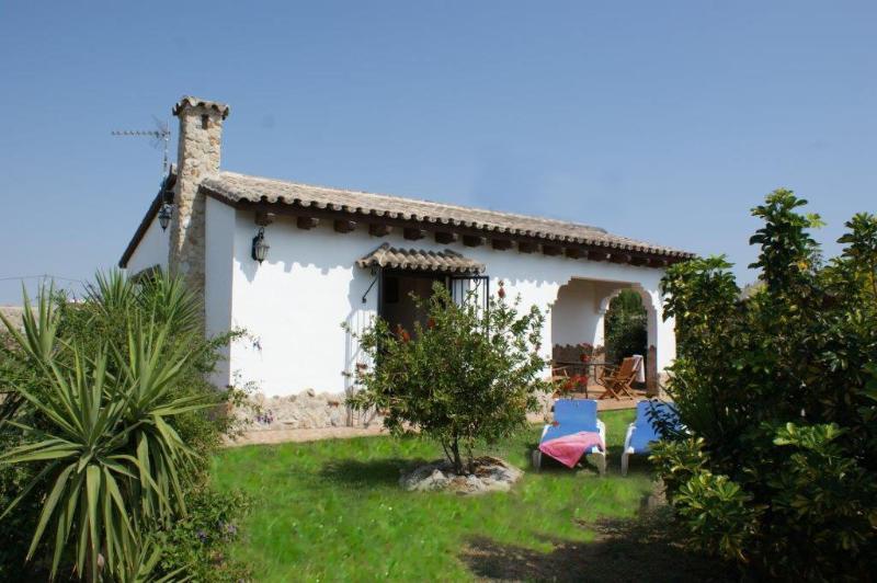 El Cortijo, 2 bedroom villa & pool, 500m to beach! - Image 1 - El Palmar - rentals
