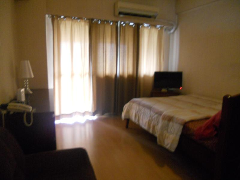 Walking Distance From Greenbelt - Image 1 - Tibiao - rentals