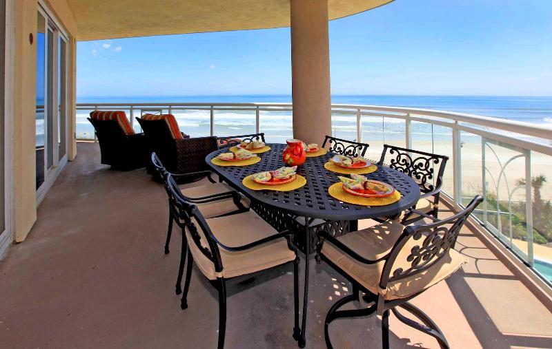 Ocean Front Balcony with Large Table - Ocean Vistas - The Best of  Daytona Beach - Daytona Beach - rentals