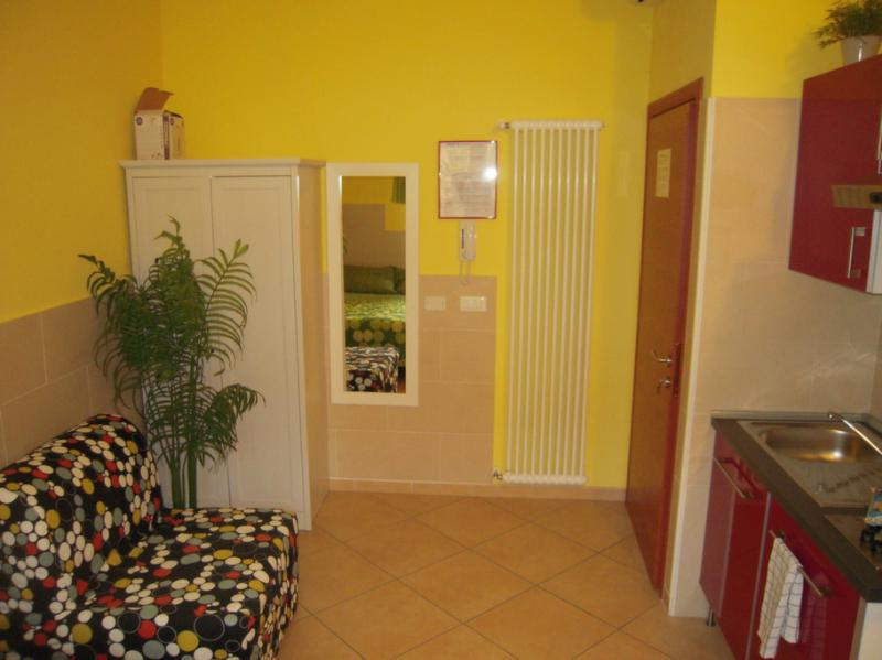 cute and cheapest studio - Image 1 - Bologna - rentals