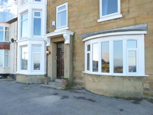 SEA VIEW COTTAGE, beautiful sea views, dog and child-friendly ground floor apartment in Marske-by-the-Sea, Ref. 23704 - Image 1 - Marske-by-the-sea - rentals