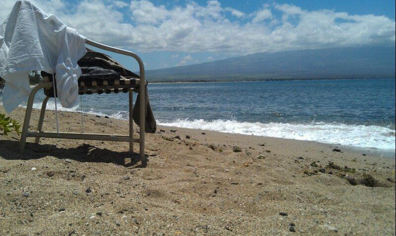 Enjoy the day relaxing on the private beach in front of Condo - Maui Direct Ocean Front Condo - Luxury View - Maalaea - rentals