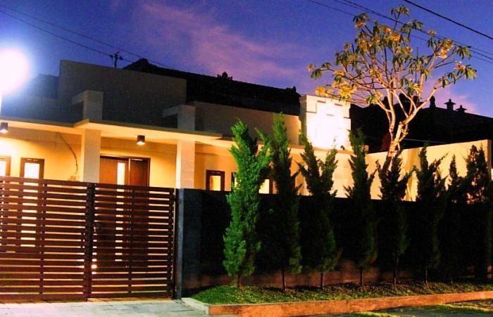 Maya Holiday Home 2 Bedrooms - Image 1 - Karang Bolong - rentals