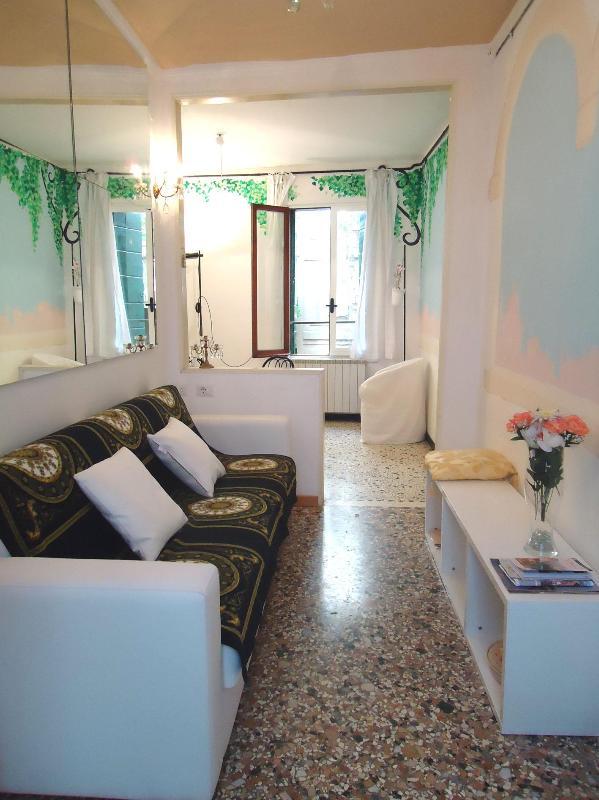 Ca' dell'Edera, cosy apartament in San Marco - Image 1 - Venice - rentals