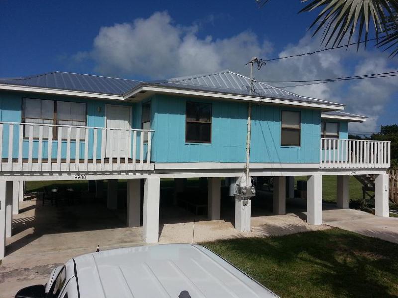 Exterior Front - Cozy Keys Retreat!! 4BR/4BA Waterfront Duplex - Marathon - rentals