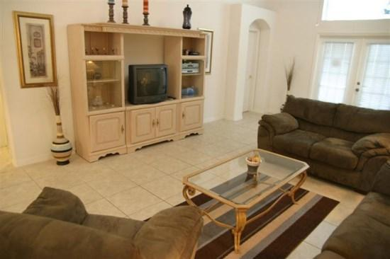 5 Bedroom (2 King master) Luxury Pool/Spa/Pet friendly home just 8 miles to Disney - Image 1 - Orlando - rentals