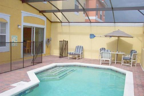 Lovely 4 bedroom, 3 bathroom townhome with private pool. - Image 1 - Orlando - rentals
