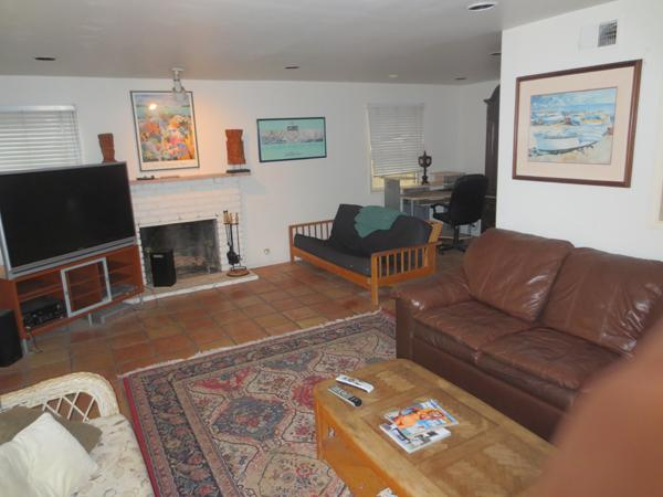 Large living room - Beach House -   Short term or Corporate Leases - Newport Beach - rentals