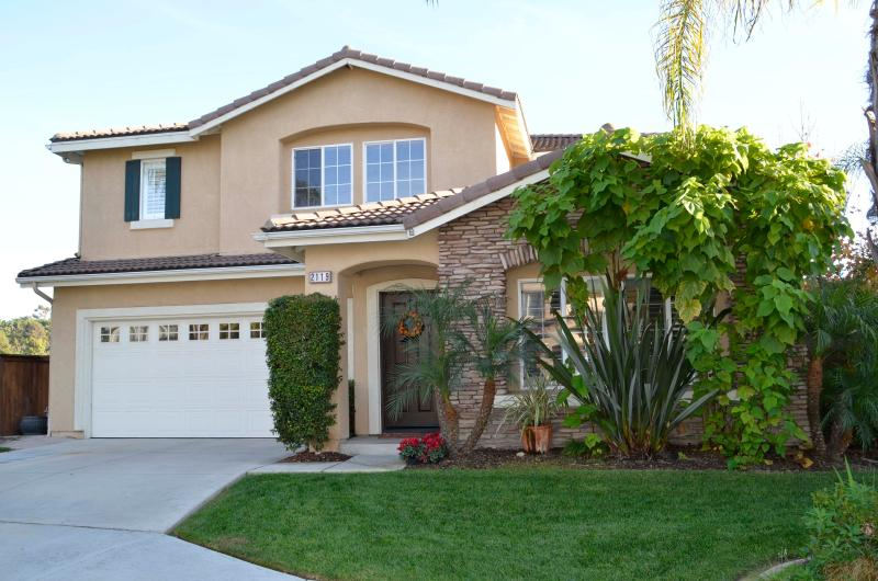 No neighbors on one side or behind the house - Carlsbad/San Marcos, CA  Near Legoland - San Marcos - rentals