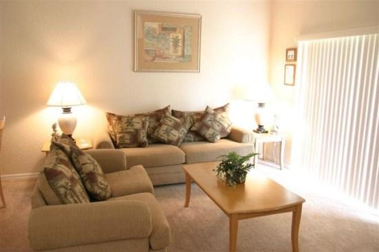Luxurious 4 Bedroom 3.5 Bathroom Town Home in Regal Palms Resort and Spa close to Golf! - Image 1 - Orlando - rentals