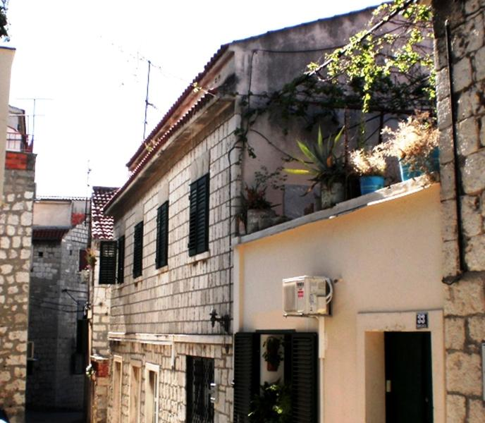Apartment  in the old town/centre of Split - Image 1 - Split - rentals