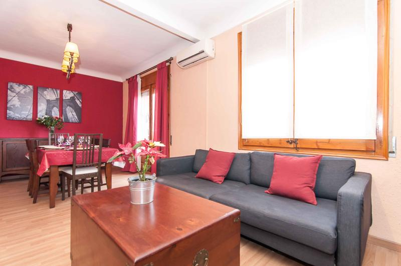 Lounge/diner - Sagrada Familia area (sleeps up to eight) - Barcelona - rentals