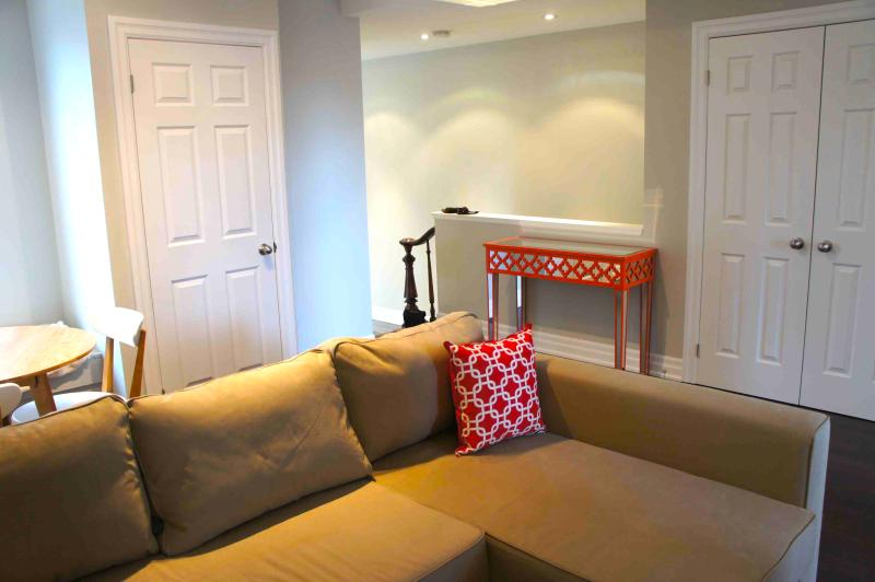 Newly Renovated 2 Bedroom Little Italy Downtown - Image 1 - Toronto - rentals
