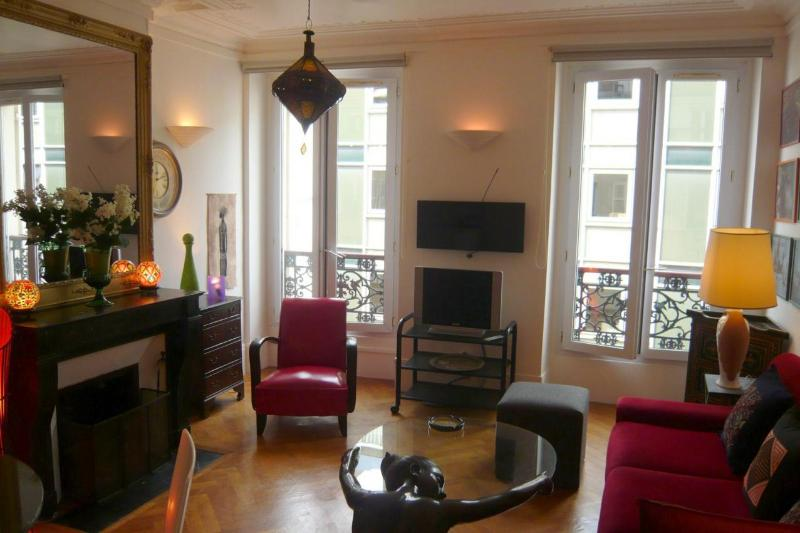Pet- and Kid-Friendly Vacation Rental in Marais - Image 1 - Paris - rentals
