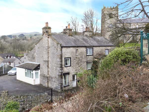 BELL HORSE COTTAGE, semi-detached cottage, over three floors, woodburning stove, parking, in Ingleton, Ref 20272 - Image 1 - Ingleton - rentals