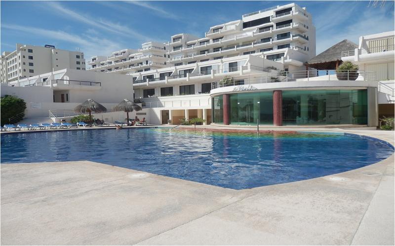 Departamento  de tres recamaras, frente al mar - Image 1 - Cancun - rentals