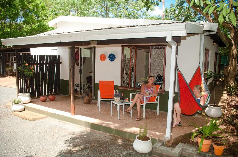 BB Orange cottage is situated between the world-renowned Hluhluwe/Umfolozi Game Reserve and the Greater St Lucia Wetland Park. - Image 1 - Kimberley - rentals