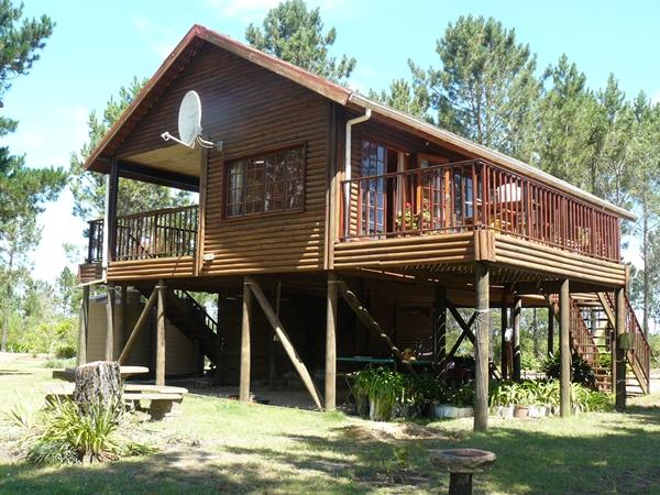 Country Self Contained Log Home - Image 1 - Plettenberg Bay - rentals
