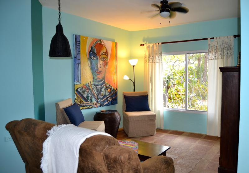 Living Room - Trillium Cottage/ Apt. Rent Boquete Mountains Pan. - El Cope - rentals