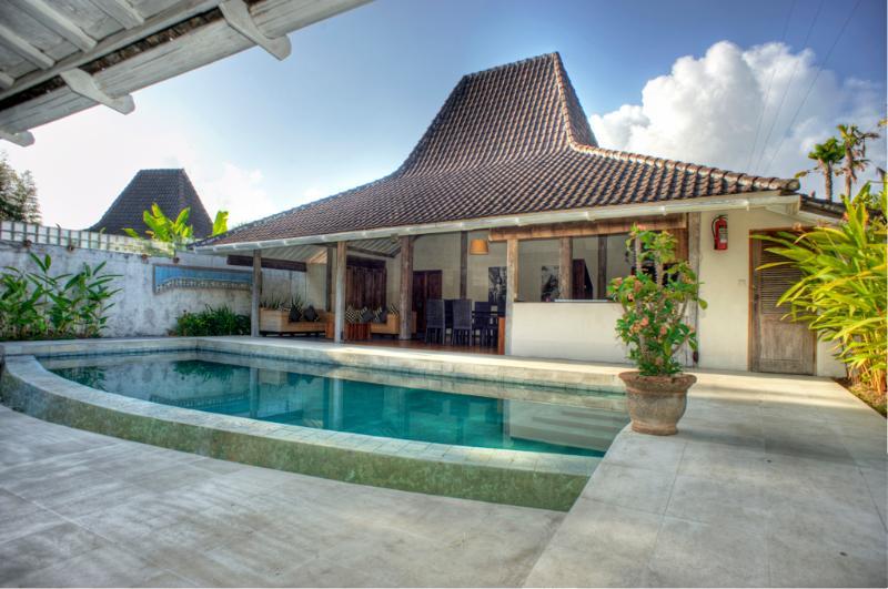 Villa Sara - Image 1 - West Sulawesi - rentals
