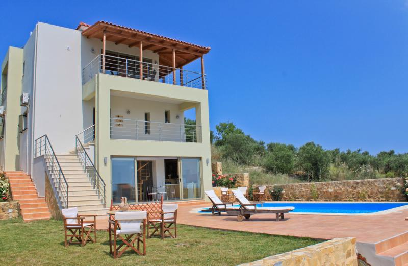 Exterior - Villa Near the Beach, Private Pool, Sauna, Jacuzzi - Chania - rentals