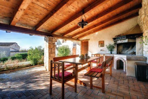 Villa 81128 - Image 1 - Glavani - rentals